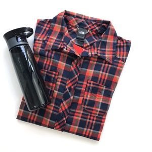 North Face Red Plaid Outdoor Button Down Shirt L